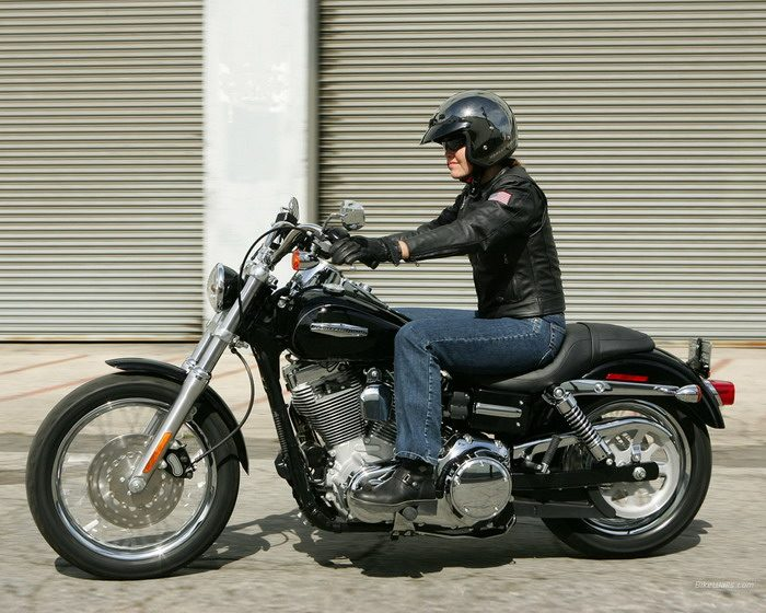 Harley-Davidson 1450 DYNA SUPER GLIDE CUSTOM FXDC 2005 - 5