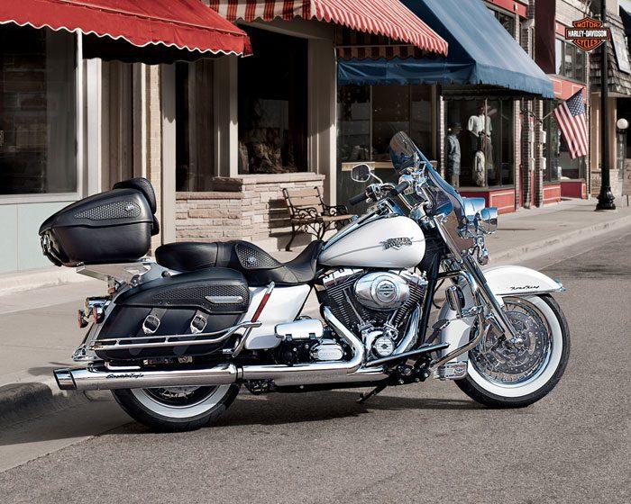 Harley-Davidson 1584 ROAD KING CLASSIC FLHRCI 2007 - 20131