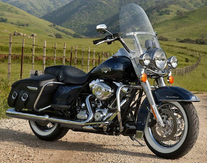 Harley-Davidson 1584 ROAD KING CLASSIC FLHRCI 2007 - 1690-road-king-classic-2012-700px