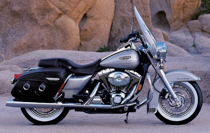 Harley-Davidson 1584 ROAD KING CLASSIC FLHRCI 2007 - 2