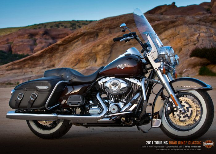 Harley-Davidson 1584 ROAD KING CLASSIC FLHRCI 2007 - 20111