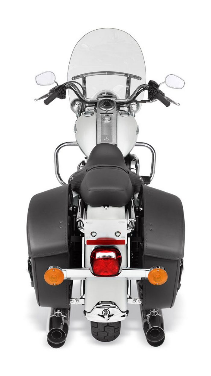 Harley-Davidson 1584 ROAD KING CLASSIC FLHRCI 2007 - 6