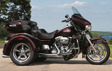 harley davidson 1690 tri glide ultra flhtcutg 2014 fiche moto motoplanete. Black Bedroom Furniture Sets. Home Design Ideas