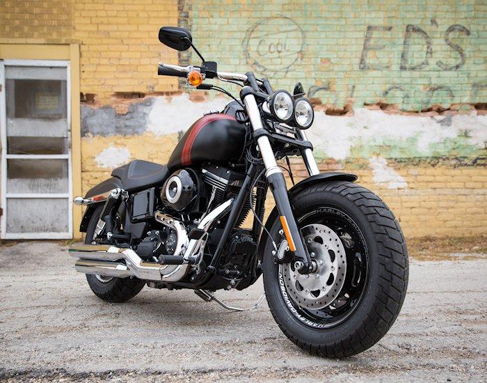 harley davidson 1690 dyna fat bob fxdf 2016 fiche moto motoplanete. Black Bedroom Furniture Sets. Home Design Ideas