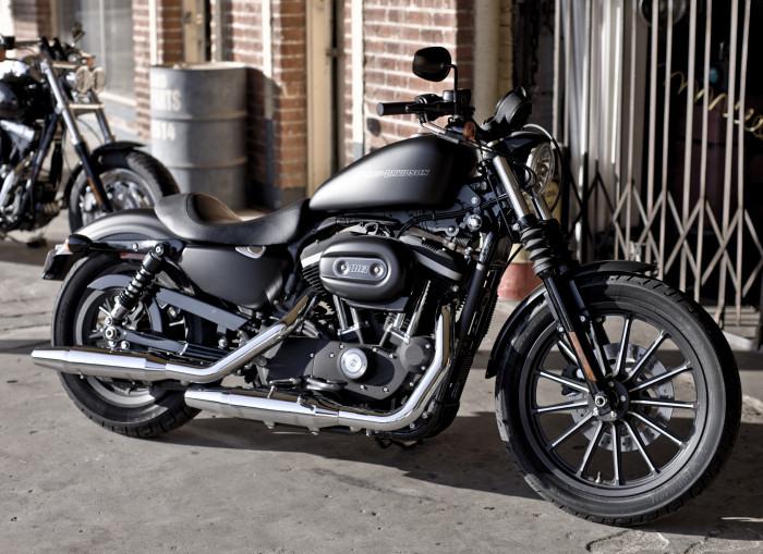 harley davidson xl 883 sportster iron 2011 fiche moto motoplanete. Black Bedroom Furniture Sets. Home Design Ideas
