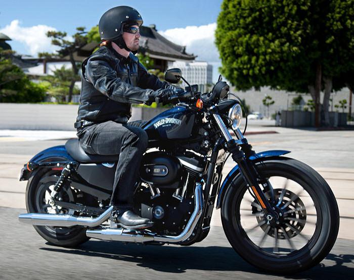 Harley davidson sportster iron 883 2012