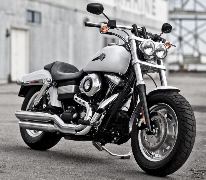 harley davidson 1584 dyna fat bob fxdf 2011 fiche moto motoplanete. Black Bedroom Furniture Sets. Home Design Ideas
