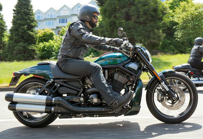 Maisto Harley Davidson 2012 Vrscdx Night Rod Special: Harley-Davidson 1250 NIGHT ROD SPECIAL VRSCDX 2015