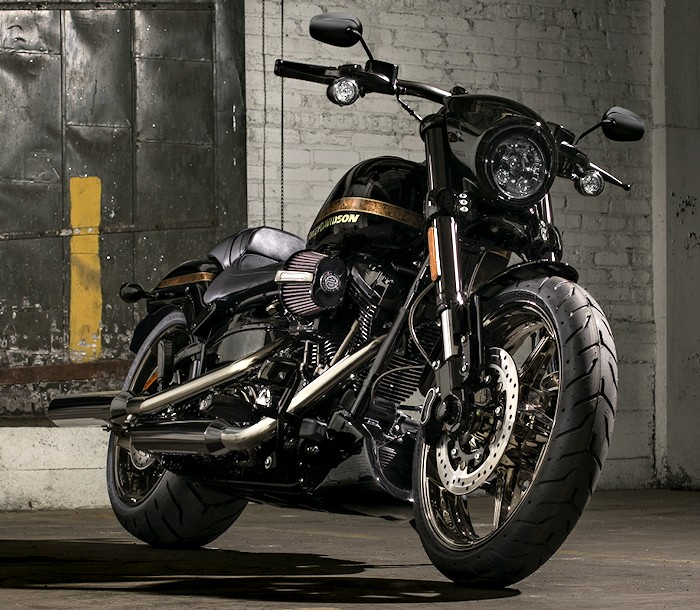Harley davidson cvo 1800 pro street breakout fxse 2016 fiche moto motoplanete