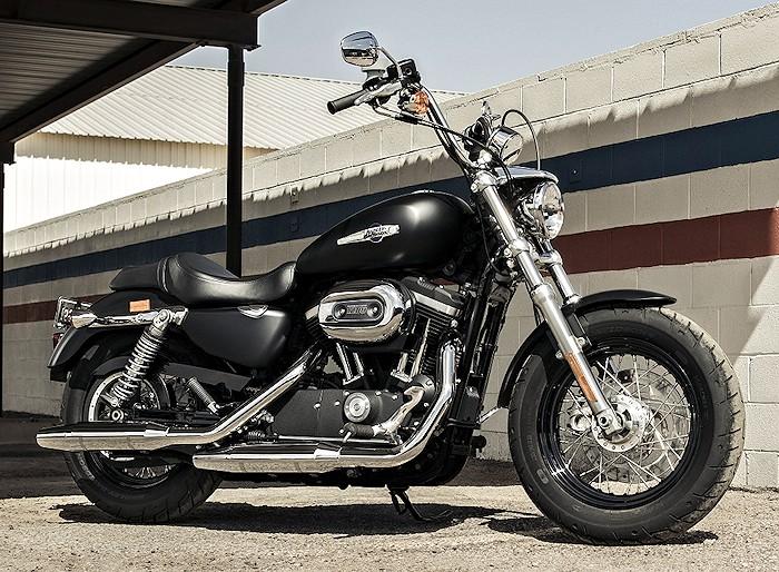harley davidson xl sportster 1200 custom cb 2017 fiche moto motoplanete. Black Bedroom Furniture Sets. Home Design Ideas