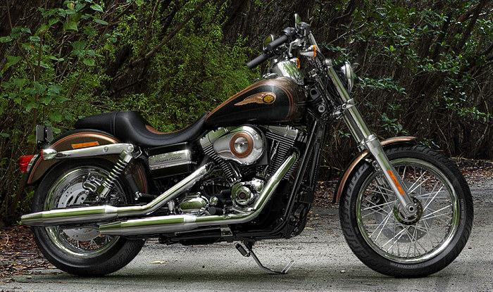 Harley Davidson Dyna Super Glide Custom 2013 Wallpapers: Harley-Davidson 1584 DYNA SUPER GLIDE CUSTOM 110th