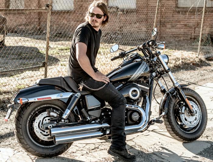 Harley Davidson Dyna Fat Bob Avis