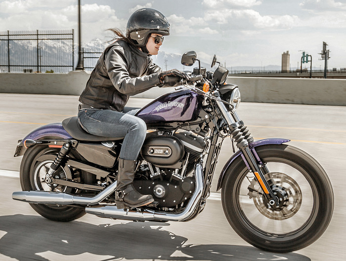 harley davidson xl 883 sportster iron 2014 fiche moto motoplanete. Black Bedroom Furniture Sets. Home Design Ideas
