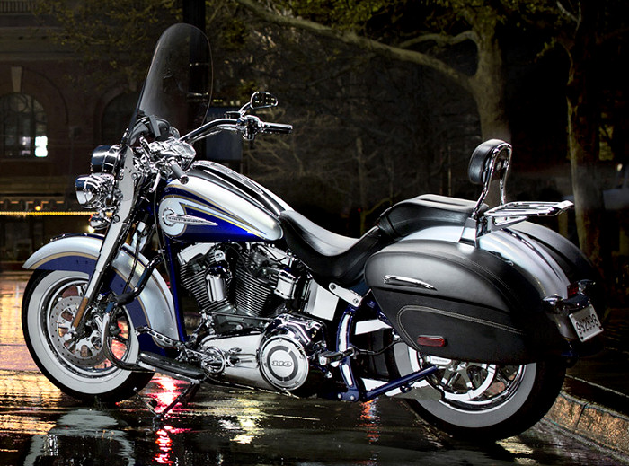 Softail HERITAGE - Page 3 Harley-CVO-1800-softail-deluxe-2014-700px