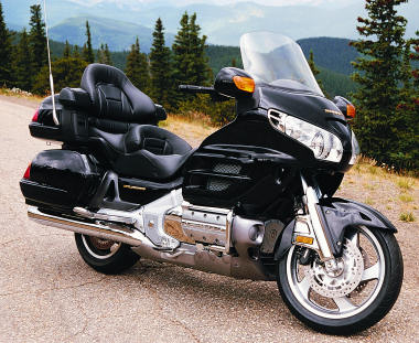 honda gl 1800 goldwing 2001 fiche moto motoplanete. Black Bedroom Furniture Sets. Home Design Ideas