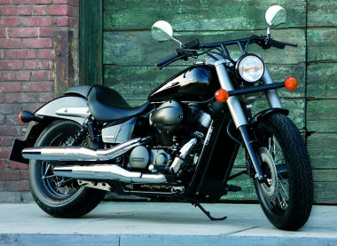VT 750 Shadow C2B Black Spirit 2013