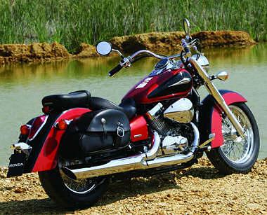 Honda Shadow 750 Fiche Technique : honda vt 750 shadow 2005 fiche moto motoplanete ~ Medecine-chirurgie-esthetiques.com Avis de Voitures