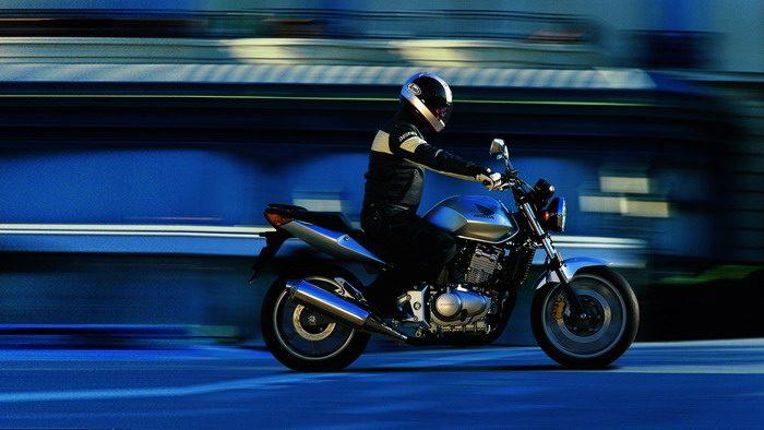 Honda CBF 500 2004 - 1