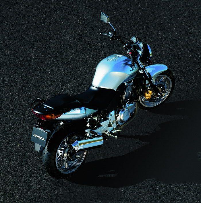 Honda CBF 500 2004 - 5