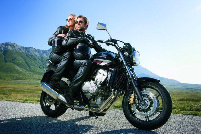 honda cbf 600 n 2011 galerie moto motoplanete. Black Bedroom Furniture Sets. Home Design Ideas