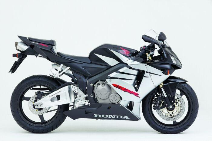 Honda CBR 600 RR 2005 - 4