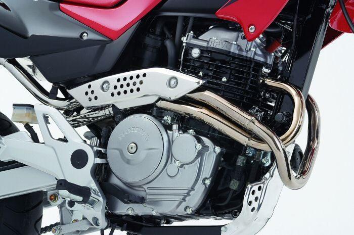 Honda FMX 650 2006 - 3