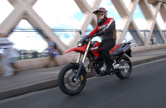 Honda FMX 650 2006 - 24