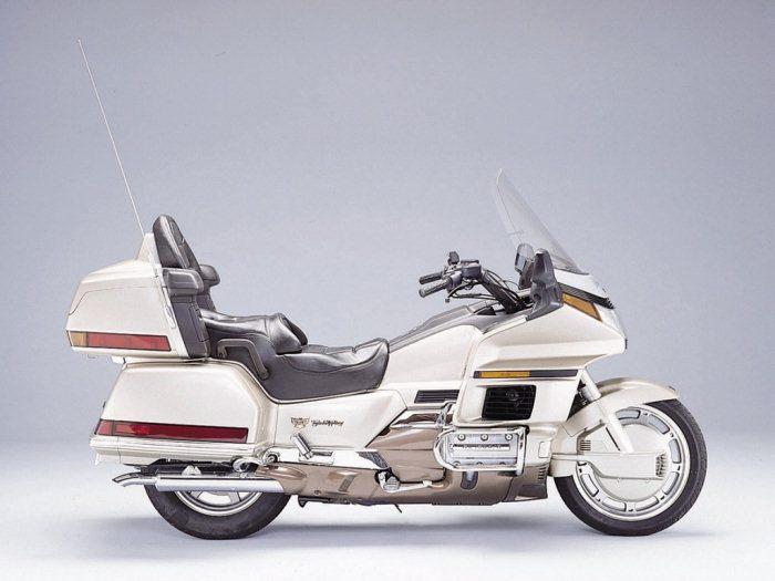 Honda GL 1500 GOLDWING 1988 - 12