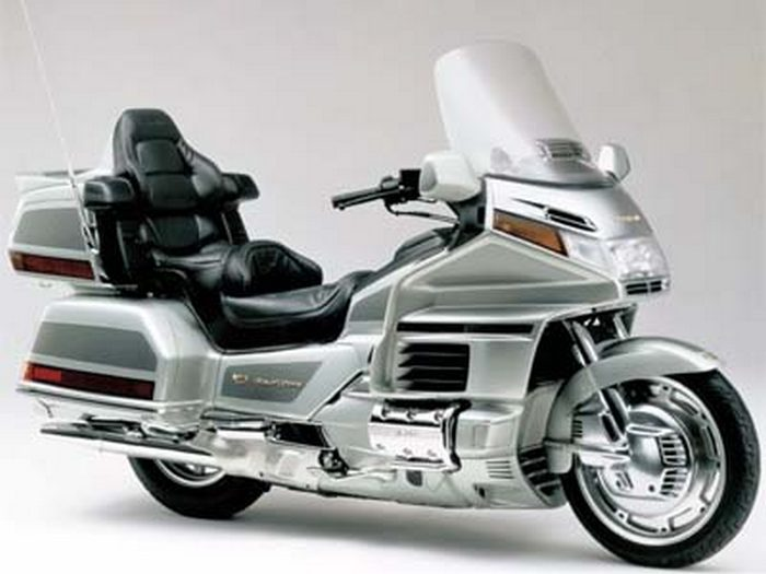 Honda GL 1500 GOLDWING 1988 - 14