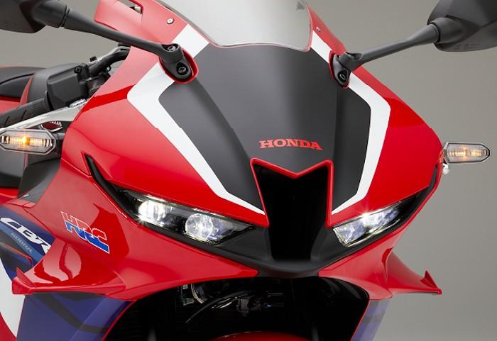 Honda CBR 600 RR 2021 - 17