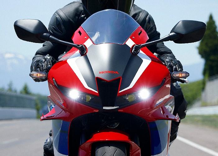 Honda CBR 600 RR 2021 - 26