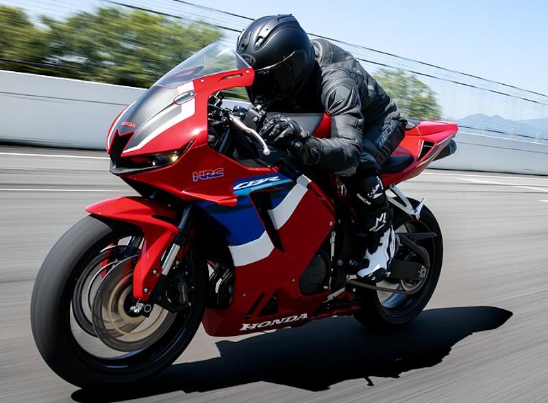 Honda CBR 600 RR 2021 - 4