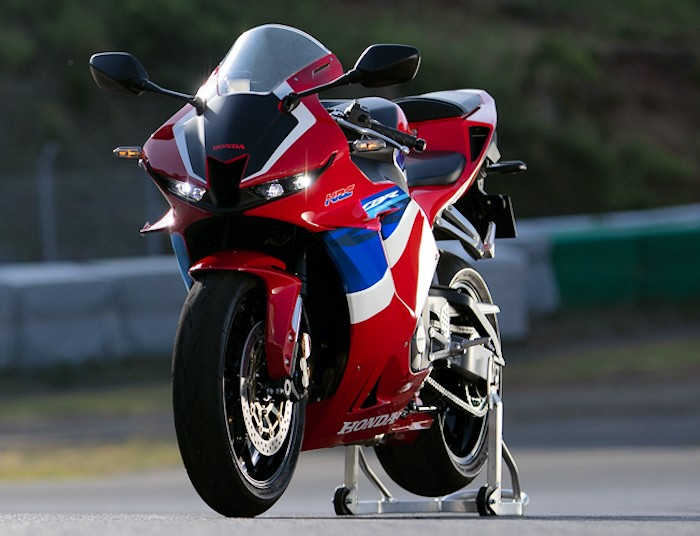Honda CBR 600 RR 2021 - 30