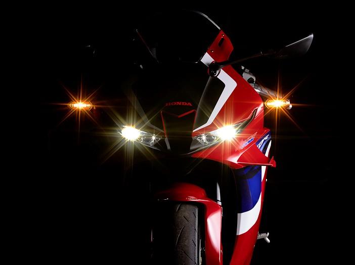 Honda CBR 600 RR 2021 - 23