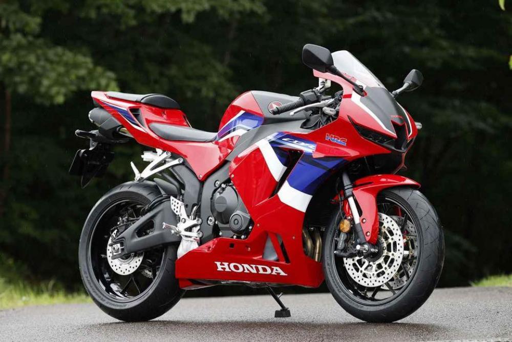 Honda CBR 600 RR 2021 - 31