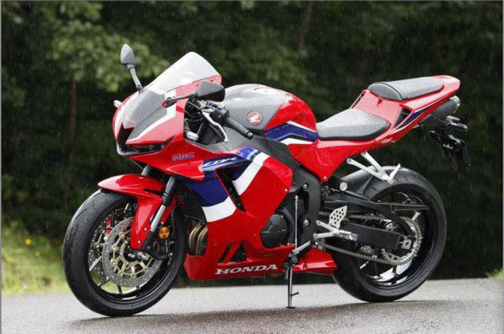 Honda CBR 600 RR 2021 - 21