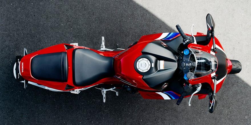 Honda CBR 600 RR 2021 - 25