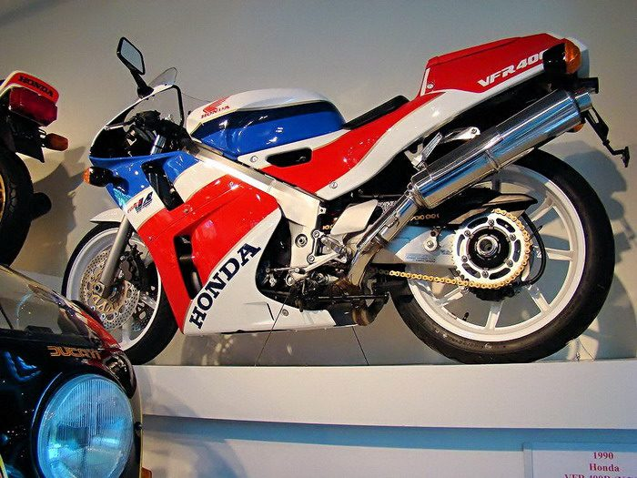 Honda NC 30 - VFR 400 R 1993 - 2