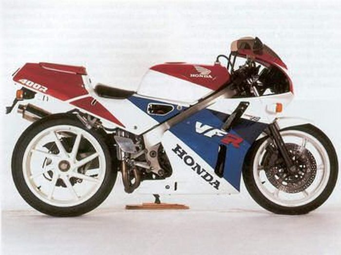 Honda NC 30 - VFR 400 R 1993 - 8