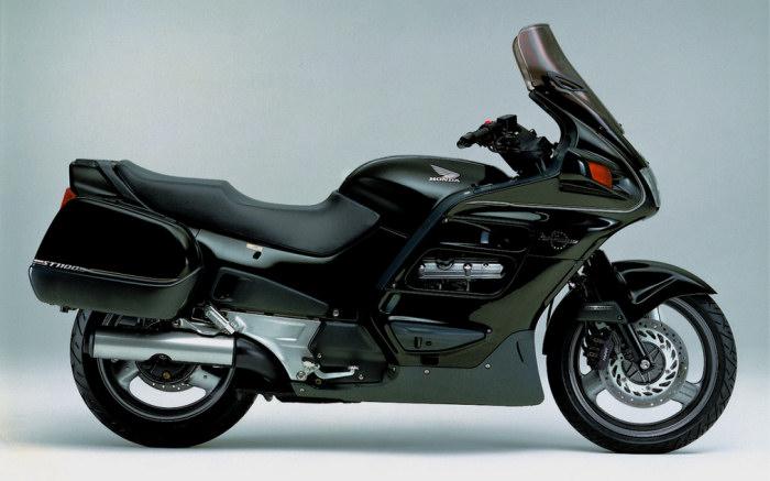 honda st 1100 pan european 1995 fiche moto motoplanete. Black Bedroom Furniture Sets. Home Design Ideas