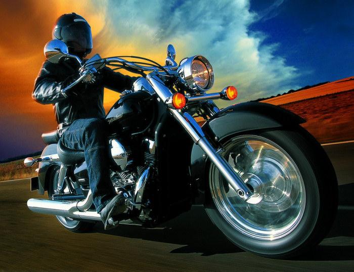 honda vt 750 shadow 2004 fiche moto motoplanete. Black Bedroom Furniture Sets. Home Design Ideas