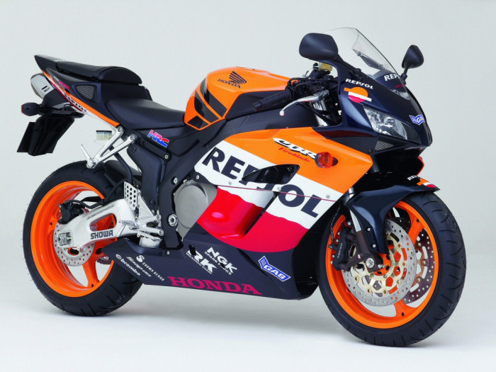 honda cbr 1000 rr fireblade repsol replica 2005 fiche moto motoplanete. Black Bedroom Furniture Sets. Home Design Ideas