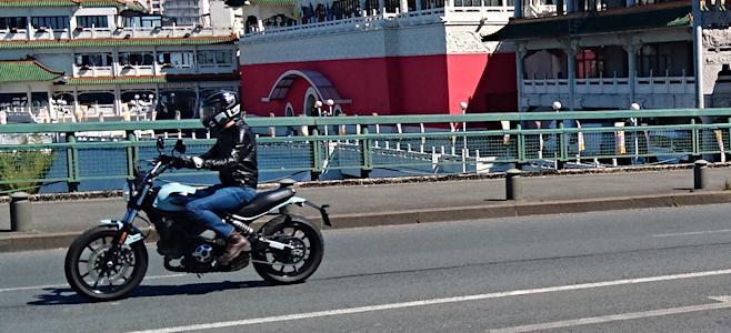 Essai de la Ducati Scrambler Sixty2
