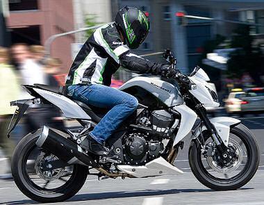 moto kawasaki z750