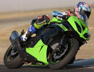 moto Kawasaki ZX-6R 6002010