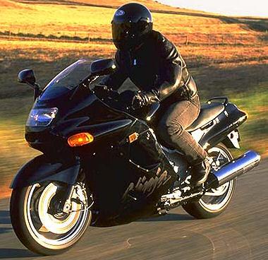 moto kawasaki 1100 zzr occasion