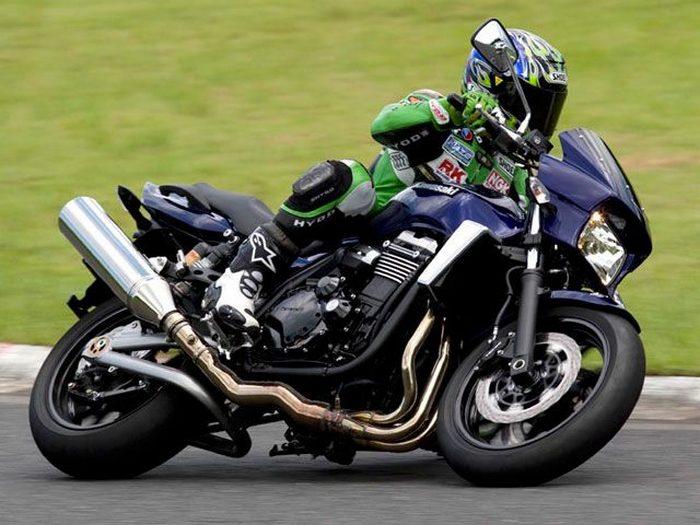 Kawasaki ZRX 1200 DAEG 2009 - 3