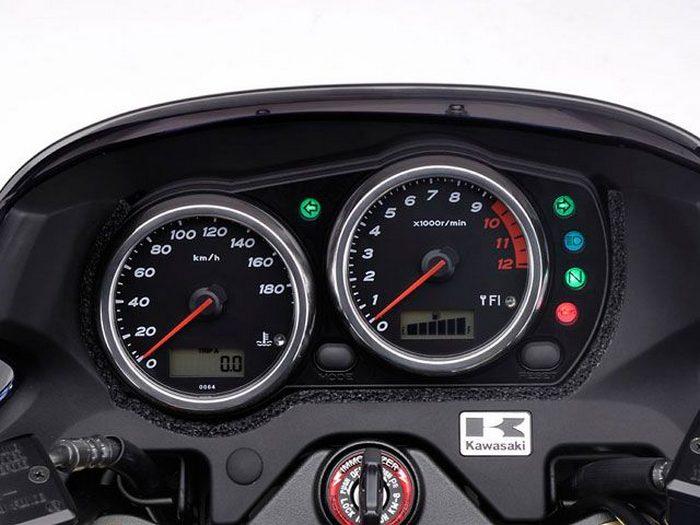 Kawasaki ZRX 1200 DAEG 2009 - 8