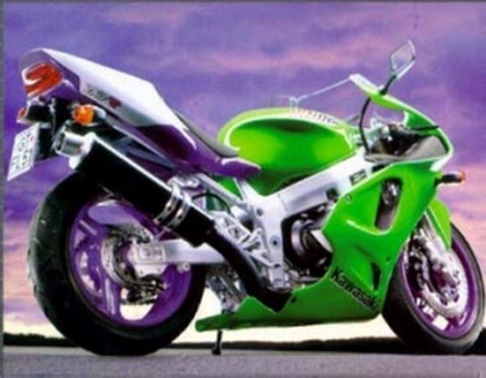 Kawasaki 750 ZX-7 RR  1996 - 7