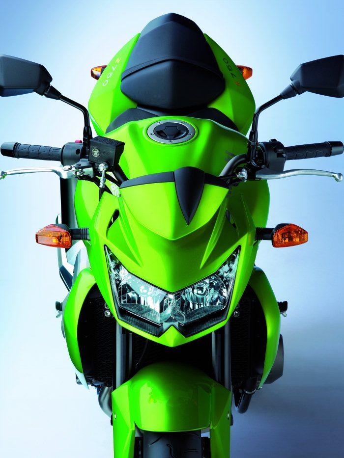 Kawasaki Z 750 2011 - 20